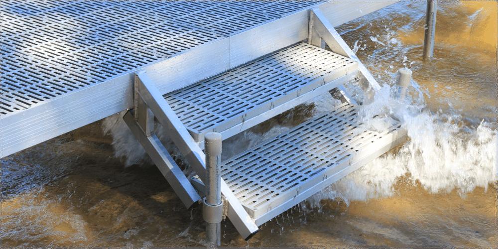 Featherlite Docks With Dock Step Adjustment Kit