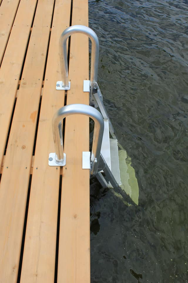Accessories: Commercial Docks - Boat Docks