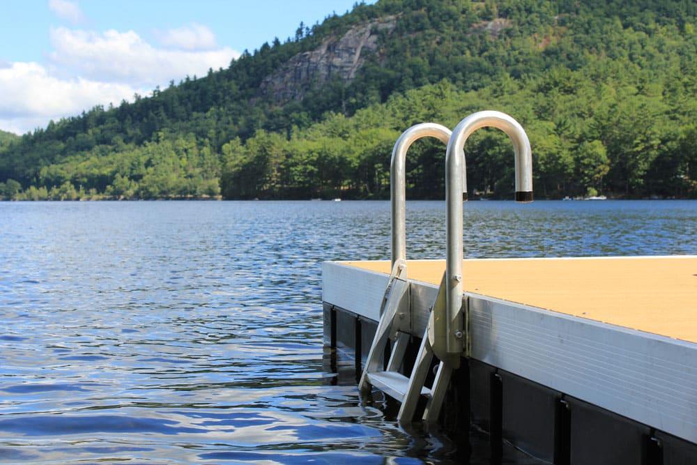 Pipe dock hardware boat docks great northern docks autos for Kasco marine de icer motor